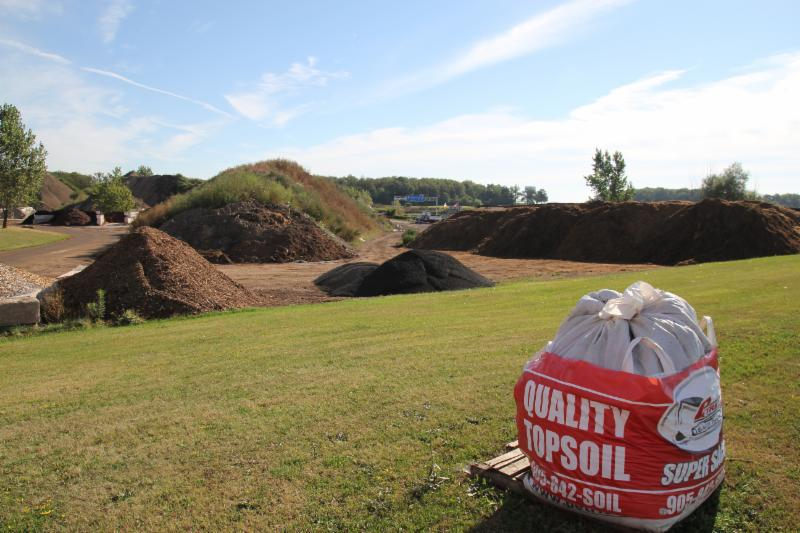 Petrie's Quality Topsoil Ltd - Photo 10