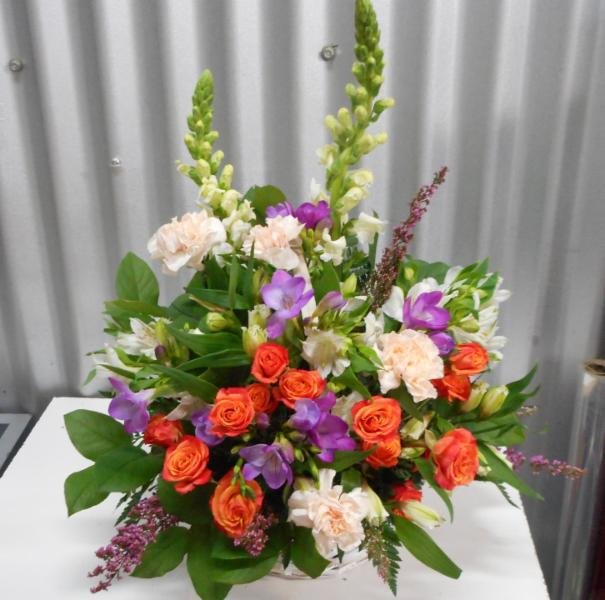 Abbotsford florist-buckets flowers-orange flowers - Buckets Fresh Flower Market