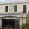 Clinique Dentaire Carrefour Santé - Cliniques - 819-563-1666