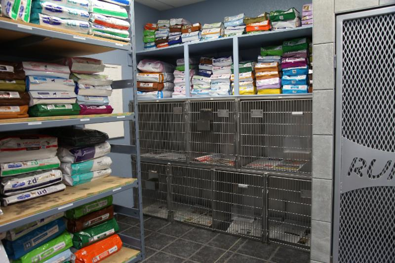 East Hill Dog & Cat Hospital - Photo 7