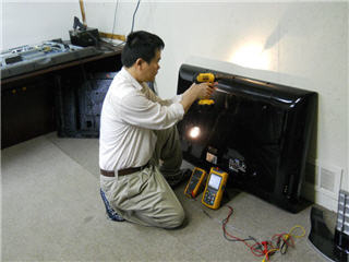 In Home TV & Electronic Service 24/7 - Photo 11
