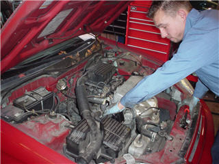 Derosa Automotive Service - Photo 4