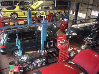 Derosa Automotive Service - Photo 7