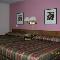 Esquire Motel - Photo 9