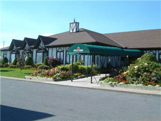 McIntosh Country Inn & Conference Centre - Photo 3