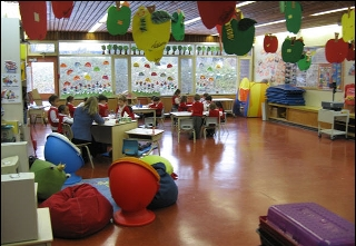 Ecole Charles-Perrault (Pierrefonds) - Photo 1