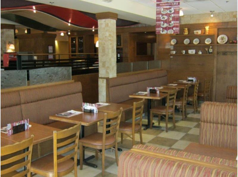 Sorrento Pizzeria - Photo 9