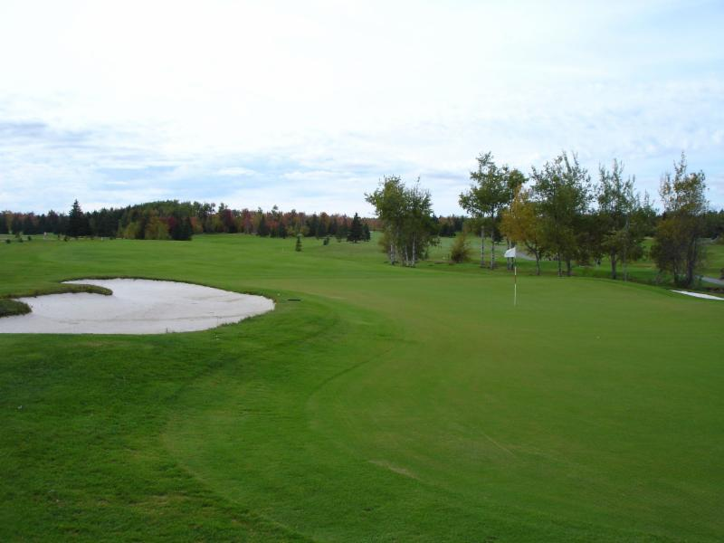 Maplewood Golf & Country Club - Photo 1