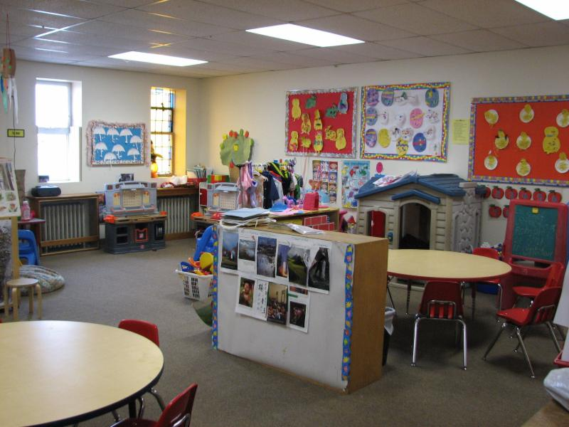 LeRoux Froebel Bilingual School - Photo 3