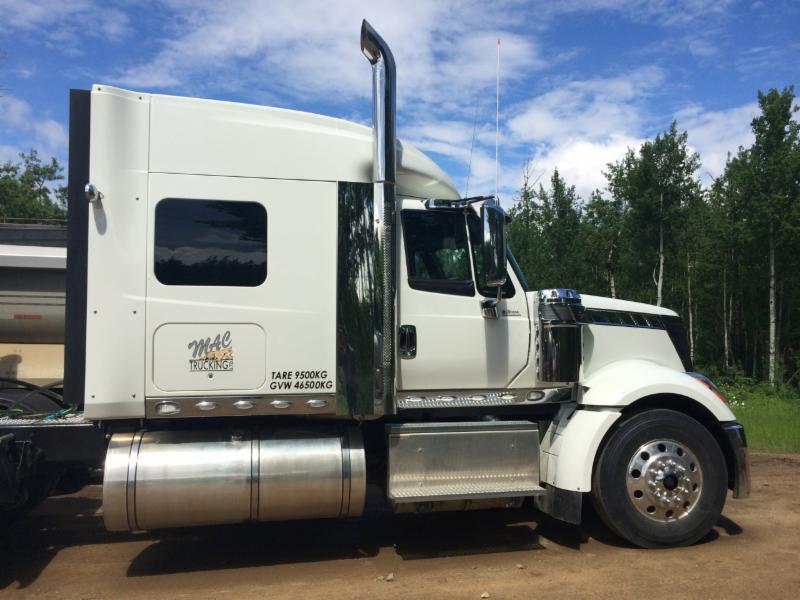 M A C Trucking Ltd - Photo 1