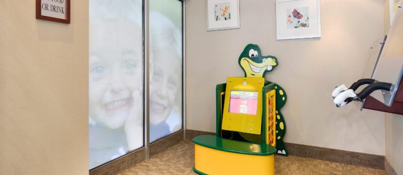 Dentistry on Wellington - Photo 2