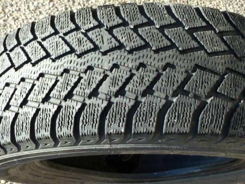 Four Season's Tire Ltd - Photo 2