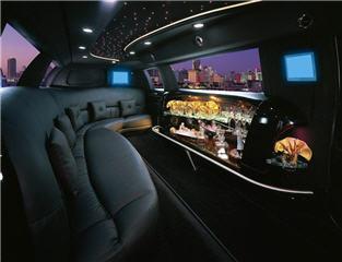 Celebrity Limousine - Photo 4