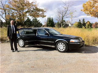 Celebrity Limousine - Photo 5