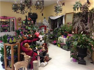 Plantation Flowers & Gifts - Photo 9