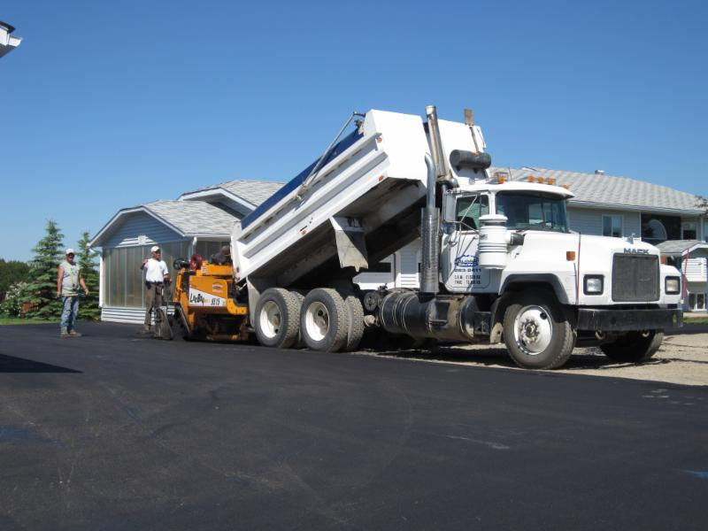 Calgary Paving Ltd - Photo 4