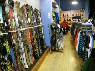 Fresh Skis - Photo 1
