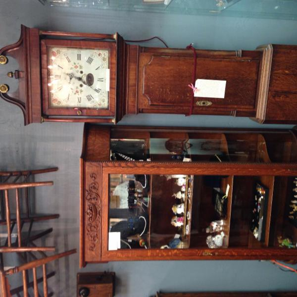 Village Antiques Mall - Photo 11