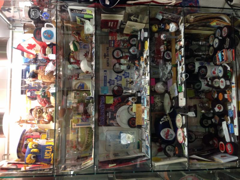 Village Antiques Mall - Photo 8