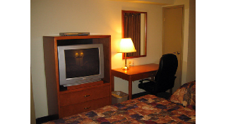 Days Inn - Photo 6