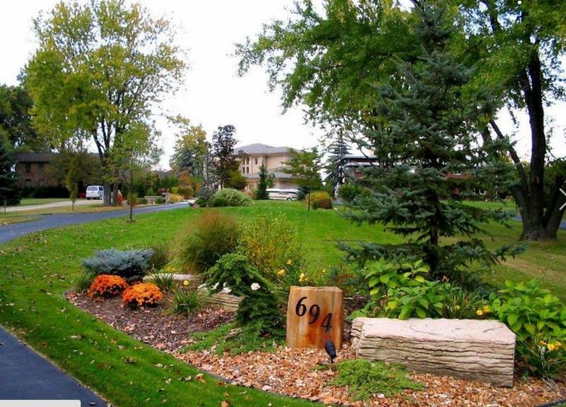 Evergreen landscaping tecumseh on 13355 sylvestre dr for Evergreen landscapes ltd