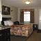 Ridgewood Inn - Hotels - 780-743-8000