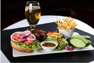 Beaugarte Restaurant Bar - Photo 6