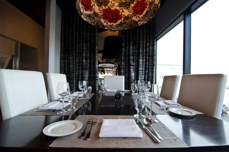 Momento Restaurant - Photo 9