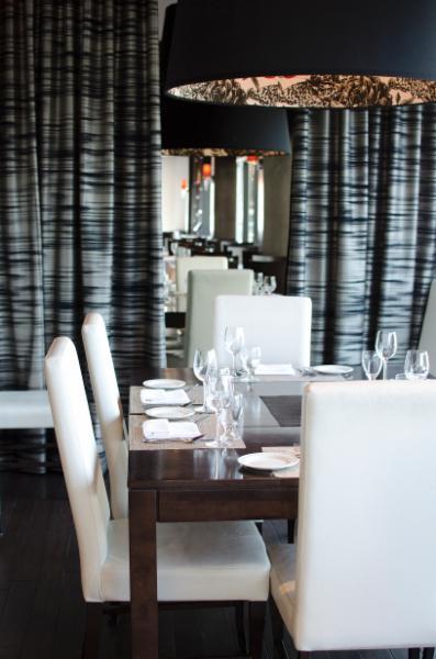 Momento Restaurant - Photo 3