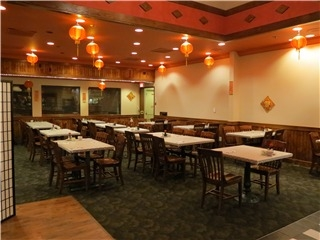 Moon Wok Chinese Restaurant - Photo 2