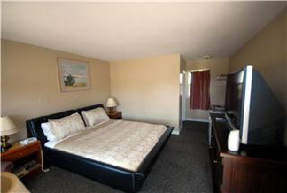Kitchener Motel - Photo 4