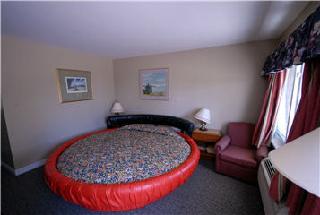 Kitchener Motel - Photo 8