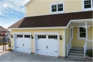Portes De Garage L-G Rénovation Inc. - Photo 1