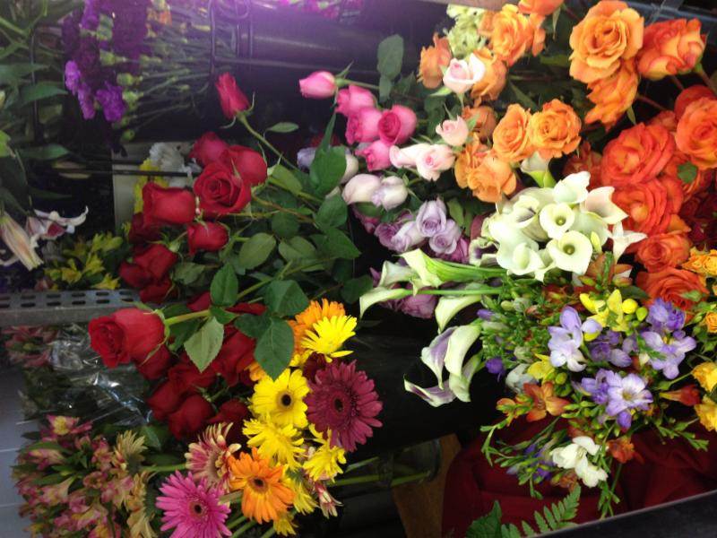 Janet's Flowers Ltd - Photo 2