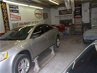 Clay Bow Auto Body - Photo 6