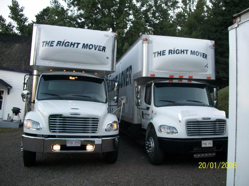 The Right Mover - Photo 1