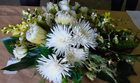 Whitehorse Flowers Etc - Photo 5
