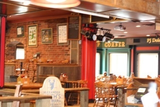 Claddagh Oyster House - Photo 4