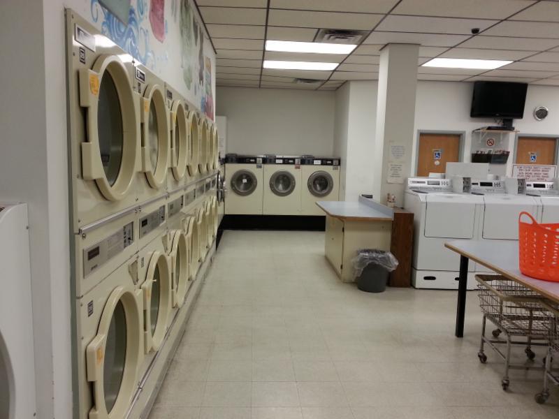 Laundry World - Photo 4