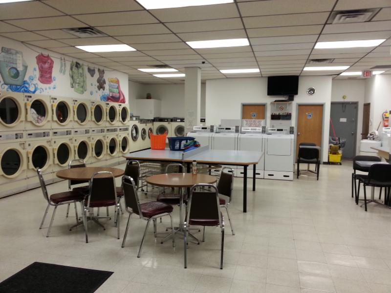 Laundry World - Photo 8
