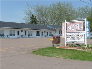 Carleton Motel & Coffee Shop - Photo 1