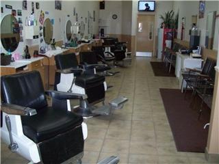 Salon De Coiffure Le Chalet Enr - Photo 3