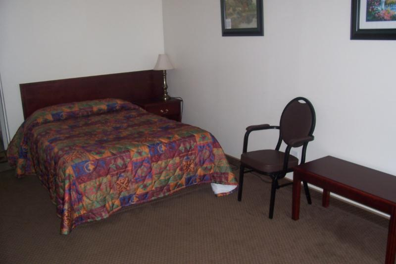 Our single rooms allow for client to have more room for personal equipment