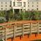 Hampton Inn & Suites by Hilton - Hotels - 403-346-6688