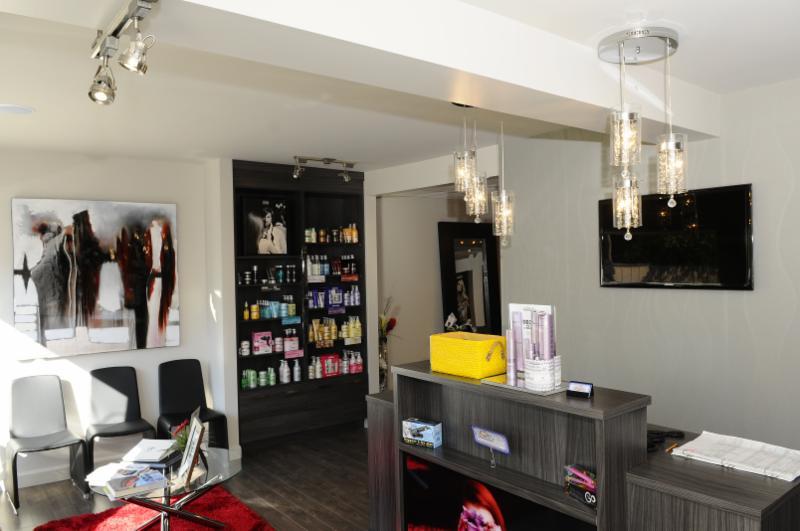 comment se faire une coiffure banane contrat d. Black Bedroom Furniture Sets. Home Design Ideas