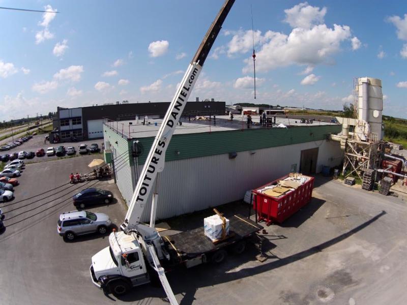 Soprema : travaux de réfection toiture membrane soudée - Les Toitures Daniel Inc