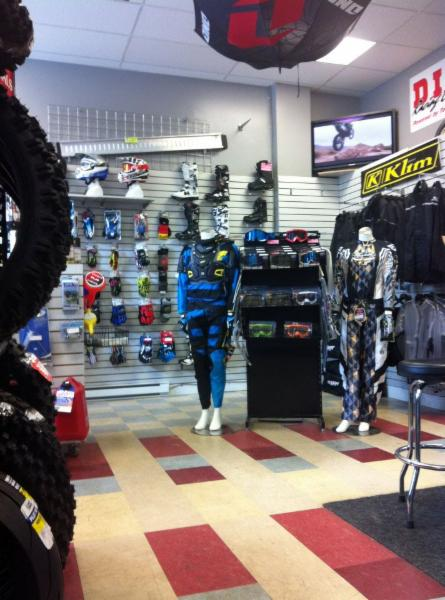 Revolution Powersports Repair Inc - Photo 8