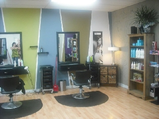 Salon nouvostyl horaire d 39 ouverture 599 av murdoch for Horaire bus salon aix