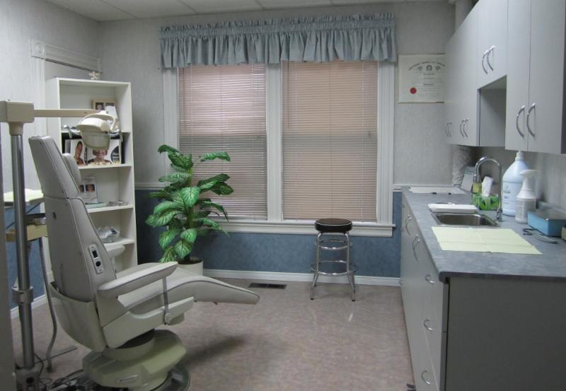 Truro Denture Clinic - Photo 3