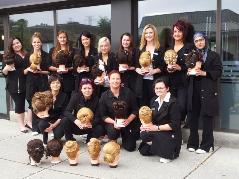 Versailles Academy of Make Up Arts - Esthetics-Hair - Photo 4